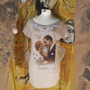 T-Shirt Hand painted Love at first sight